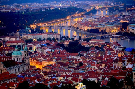prague-night-689897_1280